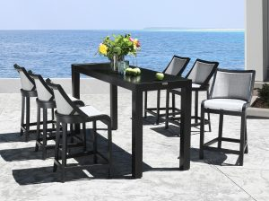 Outdoor bench seating specialist